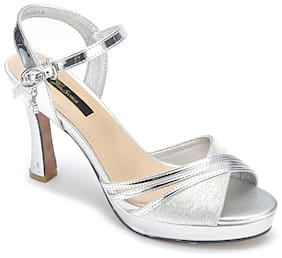 Enso Women Silver Pumps
