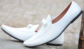 Evolite Men White Loafer