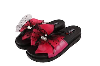 23d6a3489 Falcon18 Ladies Designer Flat Slippers Trendy Style and Soft PVC Flipflops  and Slide Slippers