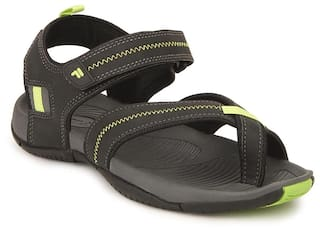 82d505a528ca Buy Fila Men Black Sandals   Floaters Online at Low Prices in India ...