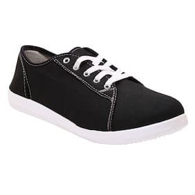 a5224048b7 Canvas Shoes for Men at Upto 80% OFF – Buy Men s Canvas Shoes Online ...