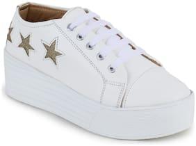 Fiteh White Sneaker