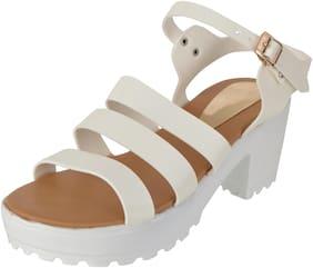 FITEH Women White Sandals