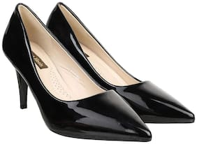 Flat n Heels Women Black Pumps