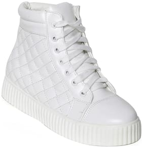 Flat n Heels Women White Casual Shoes