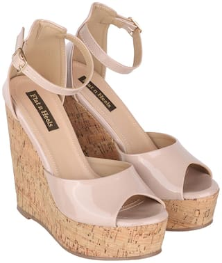 Flat n Heels Sandals For Women ( Khaki ) 1 Pair