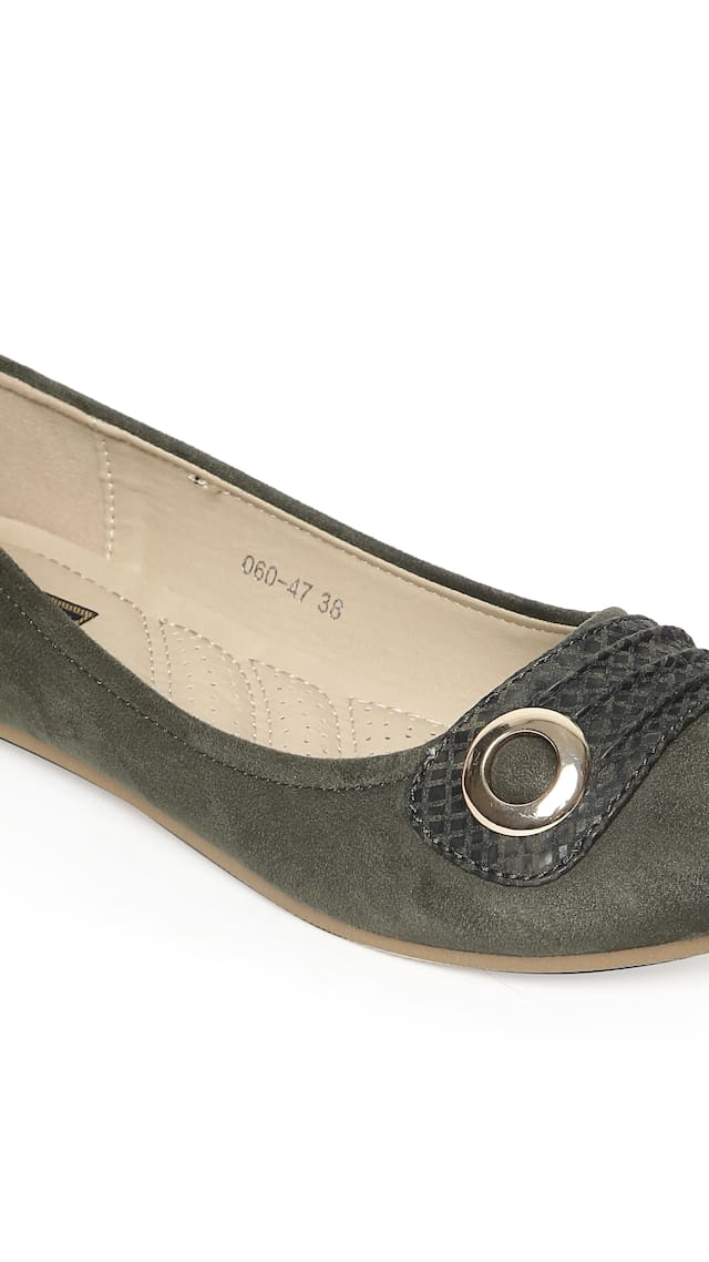 Flat N Heels Women Green Bellie
