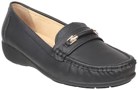 Women Solid Loafers ( Black )