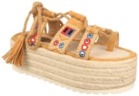 Flat n Heels Women Tan Sandals