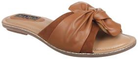 Flat n Heels Women Tan Sliders