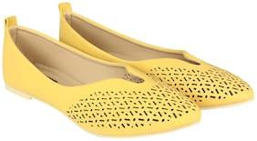 Flat n Heels Women Yellow Bellies