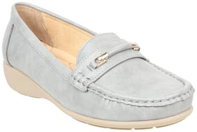 Women Solid Loafers ( Grey )