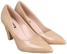 Flat n Heels Women Beige Pumps