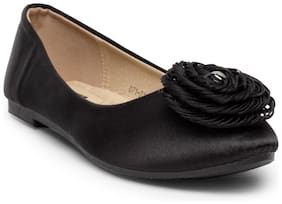 Flat n Heels Women Black Bellies -