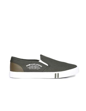 Flying Machine Solid Slip On Shoes