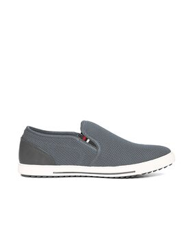 Flying Machine Contrast Sole Textured Slip On Shoes