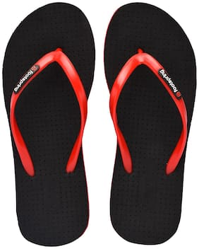 FOOTSPRING Women Black Slippers
