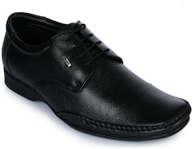 Liberty Men Black Formal Shoes