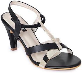 Funku Fashion Women Black Kitten Heel