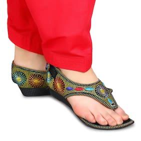 8a7783da691 Ethnic Footwear for Women – Buy Wedding Shoes   Ethnic Shoes Online ...