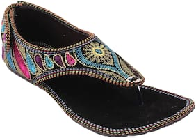 Gerief Multicolor Embroidery Velvet Ethnic Shoes for Women