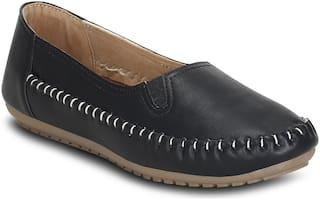Get Glamr Women Black Loafers