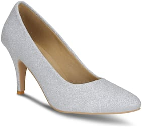 Get Glamr Women Silver Pumps