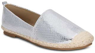 Get Glamr Women Silver Casual Shoes