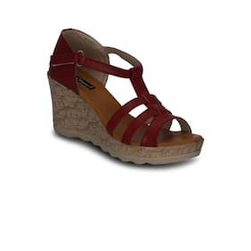 Get Glamr Red Wedges