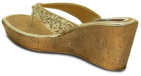 Get Glamr Golden Wedges