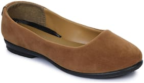 Liberty Gliders Women Tan Bellie