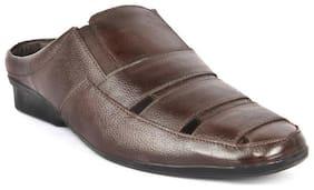 Groofer Men's Brown Genuine Leather Open  Sandals