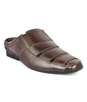 6d3c6f4fb Men s Sandals   Floaters - Buy Gents Sandals   Floaters Online at ...