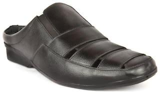 Groofer Men Black Sandals