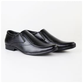 HIKBI Men Black Slip-On Formal Shoes - 3239DSBK