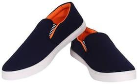 HOTMESS Men Black Casual Shoes