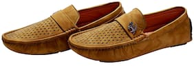 HUSH BERRY Men Tan Loafer