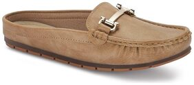 Jaquelin Brown Round Toe Loafers
