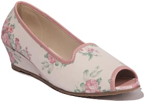 Khadim's Women White Bellie