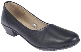 Khadim's Women Grey Bellie