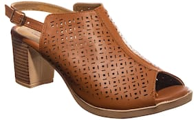 Khadim's Women Tan Pumps