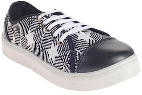 Khadim's Pro Women Black Lifestyle Dress Sneakers