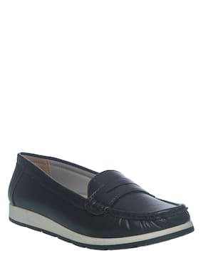 Khadim's Women Black Loafers