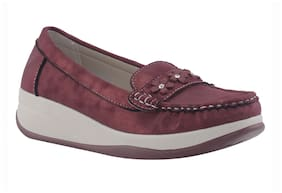 Khadim's Women Maroon Loafers