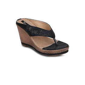 Kielz Black Wedges