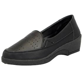 Liberty Gliders Women's Norah Black Slip on