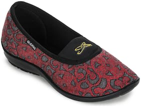 Liberty Women Maroon Bellies