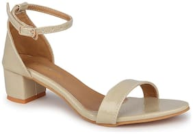 Lovely Chick Women Cream Sandals