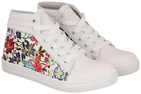 Maysun Women White Sneakers