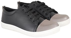 Maysun Women Black Sneakers